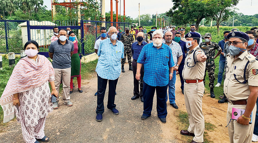 Members of the high court-appointed committee inspect  the Pous Mela ground on Sunday.