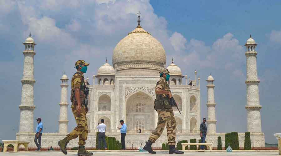 Taj Mahal reopens for tourists after 188 days