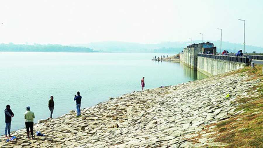 The Hatia dam reservoir