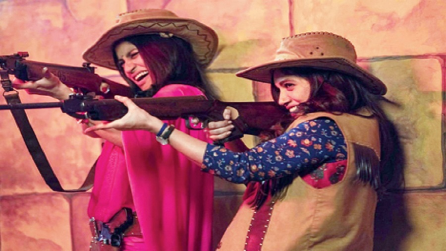 Konkona Sensharma and Bhumi Pednekar in Dolly Kitty Aur Woh Chamakte Sitare, now streaming on Netflix