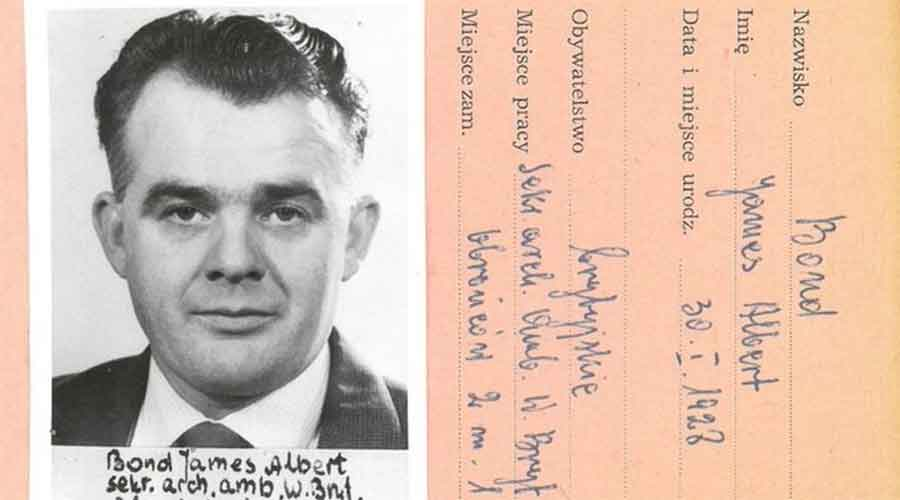 A picture and documents related to the suspected British agent called James Bond