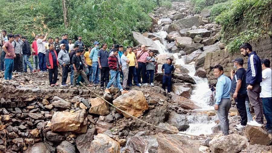 GTA officials visit an area affected by heavy rain in Mirik.