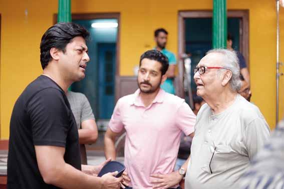 Jisshu, Parambrata and Soumitra on the sets pre-Covid