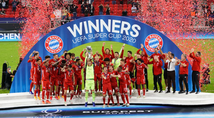 Bayern Munich players celebrate after the German side's win over Sevilla in the Super Cup final
