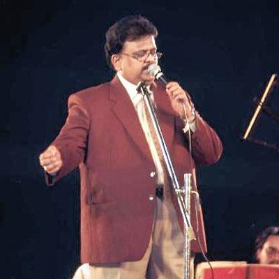 Balasubrahmanyam at a concert in Calcutta in 2003