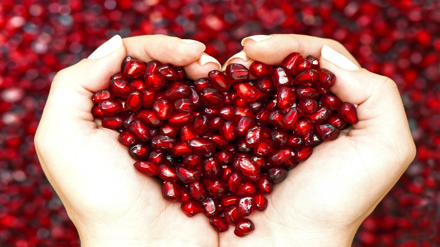 Pomegranate protects the heart and arteries. It improves blood flow and keeps the arteries from becoming stiff and thick. It may also slow the growth of plaque and build-up of cholesterol in the arteries.