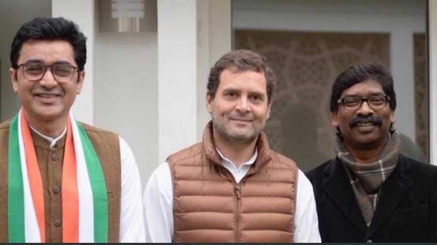 (From left) Ajoy Kumar, Rahul Gandhi and Hemant Soren