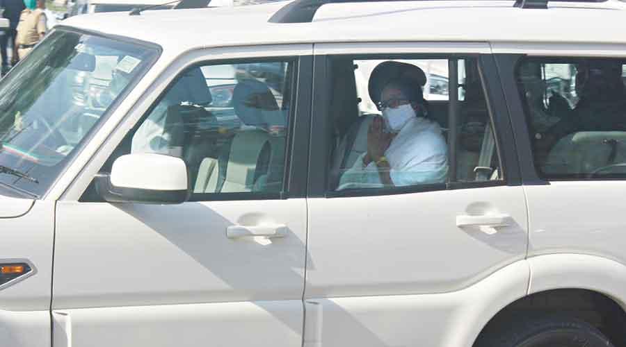 Mamata at the Bagdogra airport on Monday