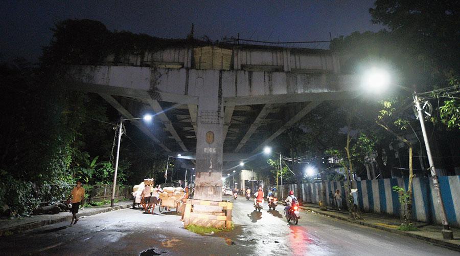 The Vivekananda Road flyover on Tuesday evening.