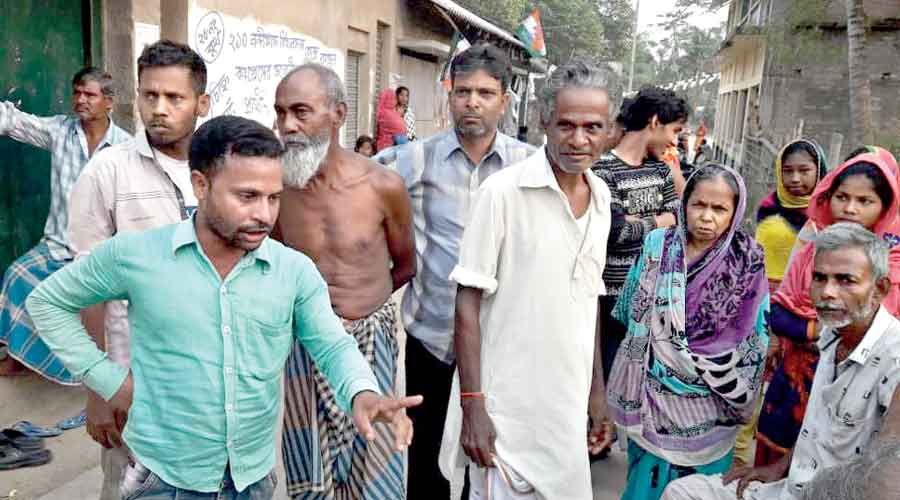 An enraged Sheikh Yasin (left) and others gather at Asadtala  in Nandigram on Monday to protest in front of Suvendu Adhikari's convoy.