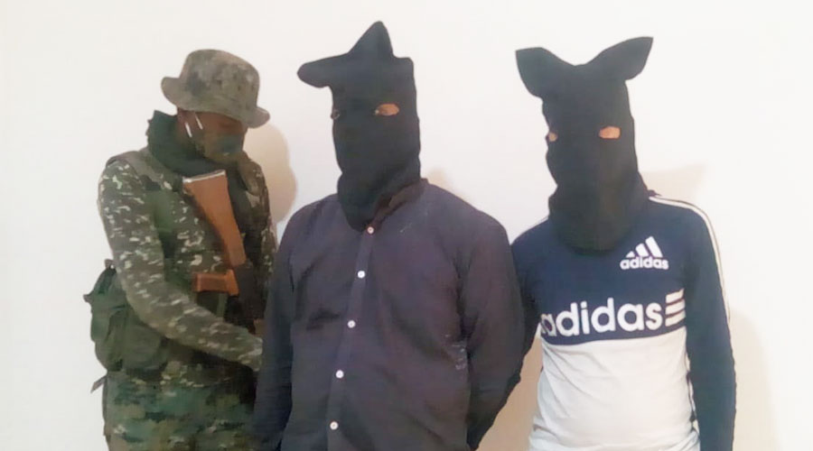 The arrested duo in Hazaribagh on Thursday.