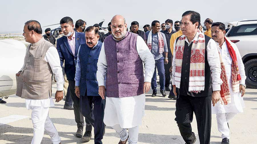 Union home minister Amit Shah with Assam chief minister Sarbananda Sonowal (second from right) and Himanta Biswa Sarma (left) at Sualkuchi in Kamrup on  Sunday. Shah returned because of the Chhattisgarh attack.