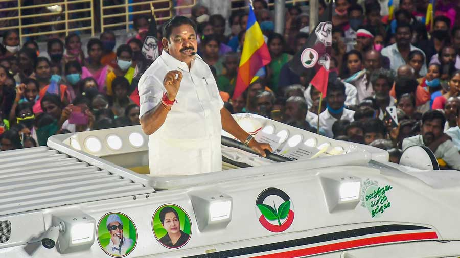 Edappadi Palaniswami at an election campaign roadshow in Selam district on Sunday.