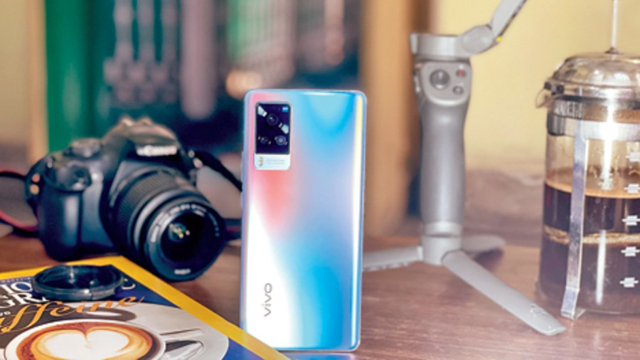 The Vivo X60 Pro 5G has the best video stablisation in smartphones. It takes gimbal technology to a new level.