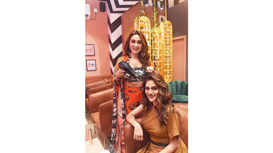 Actress-MPs Nusrat Jahan and Mimi Chakraborty dropped by Bello Sirena, a quirky, pretty and colourful pamper point on Lord Sinha Road. The 460sq ft salon offers specialised services in nails and hair.