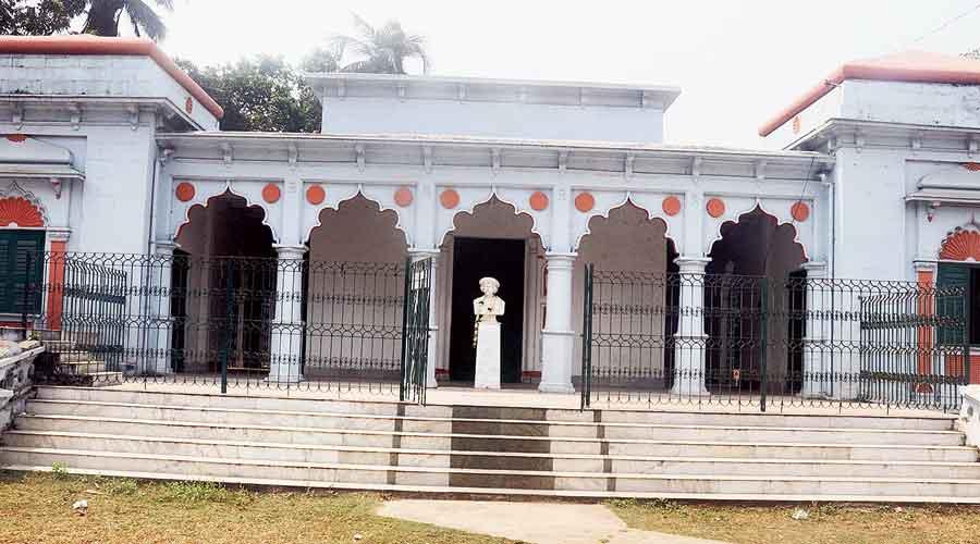 Rammohan Roy's birthplace at Radhanagar village in  Hooghly's Khanakul.