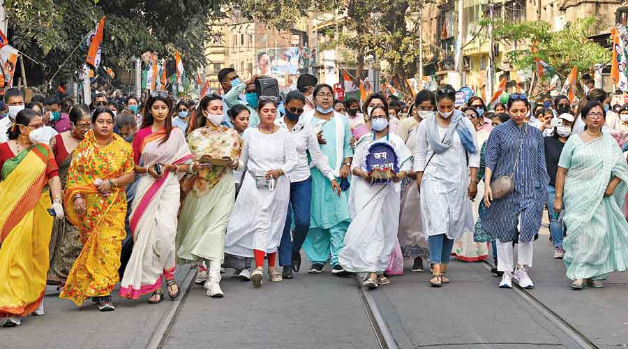 Mamata Banerjee leads a rally in Calcutta on International Women's Day on March 8