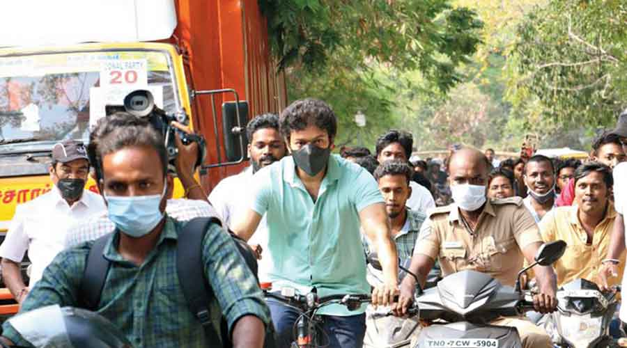 Vijay's bicycle ride to the polling booth on Tuesday