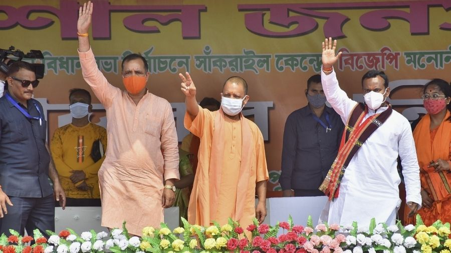 Yogi Adityanath at a poll campaign at Sankrail in Howrah on Thursday.