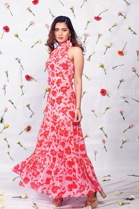 """Neha loves pink. """"I have to have pink!"""" she smiles. Anushka looks pleasing in this maxi dress, with floral detailing on the neck and waist for a slightly """"dressy"""" vibe."""