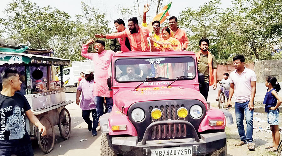 BJP candidate Sikha Chatterjee during her campaign.