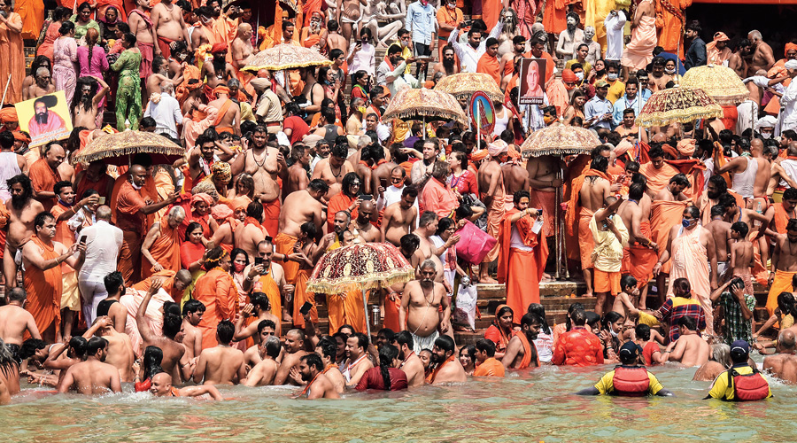 The Odisha government has asked the Kumbh returnees to get their RT-PCR test done before entering the state.