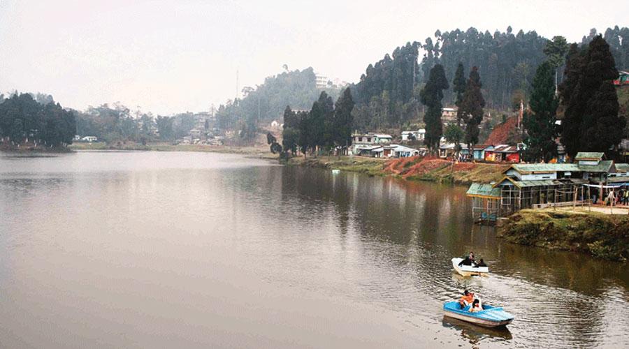 The lake is managed by Mirik municipality.