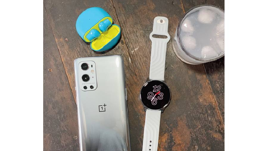 The OnePlus Watch shines when it comes to battery life, easily allowing a week of heavy usage.