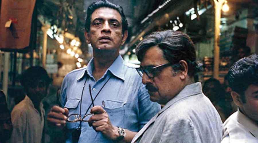 Satyajit Ray with Utpal Dutt