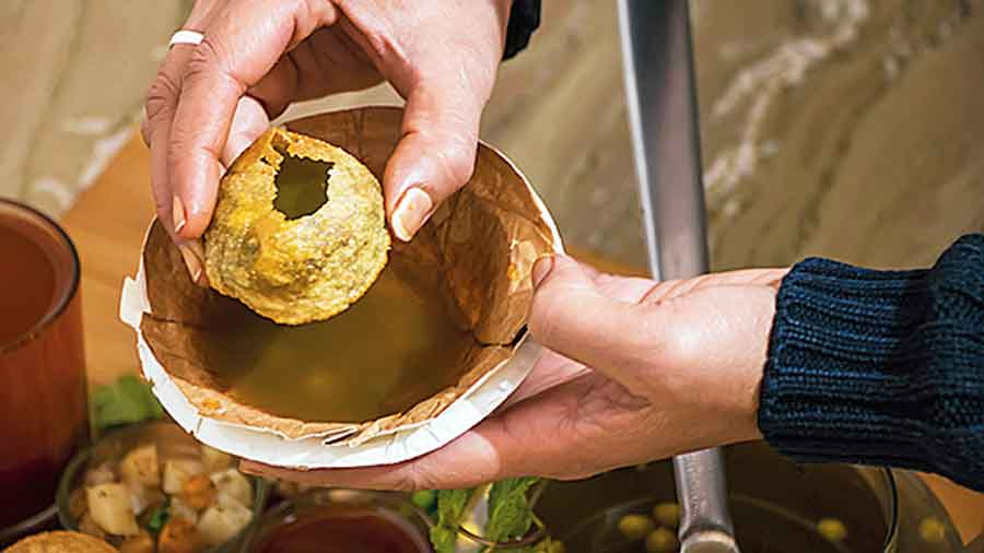 Outside shopping malls, theatres and schools, phuchka vendors are always busy selling the round puffs filled with mashed potato and tamarind water no matter what the season. Truly tasty, one can forego a lot of other treats but not phuchkas. But from next time, whenever we put that delicious snack in our mouth, we should be thanking Draupadi. The phuchka is a point of pride for us Indians, wherever we are and by whatever name we call it. This delicacy must get a place in the pages of history and be included in retellings of the Mahabharata.