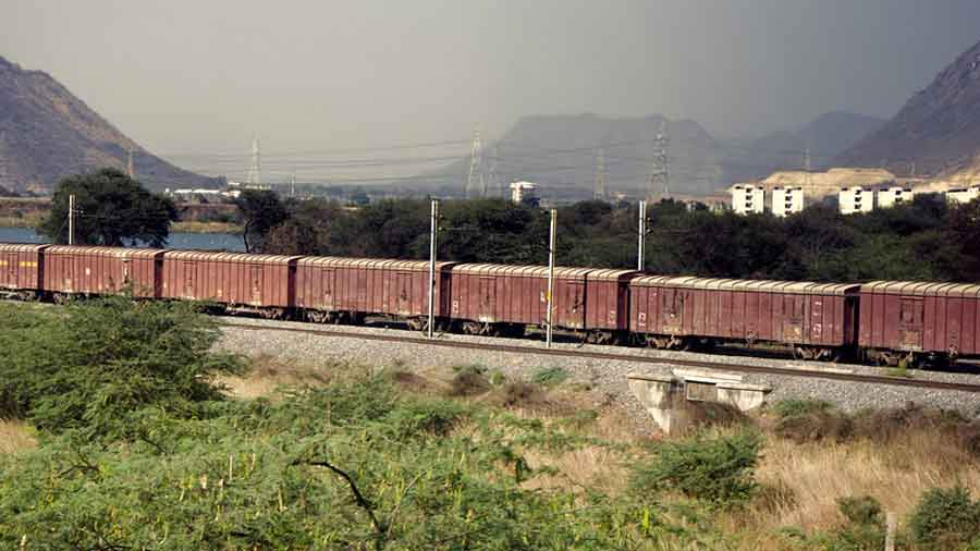 Around 4.35pm on Sunday, the train that started from Damdim, a station in the Dooars, crossed the international border and reached Chilahati station in Bangladesh.
