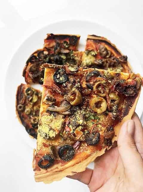 Vegan pizza without gluten