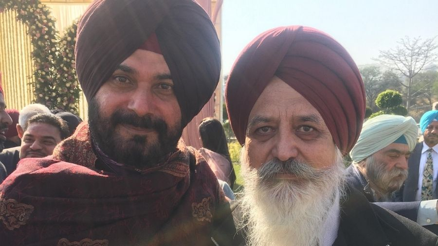 Malvinder Singh Mali, in a Facebook post, claimed that the question of his resignation does not arise as he never accepted the post.