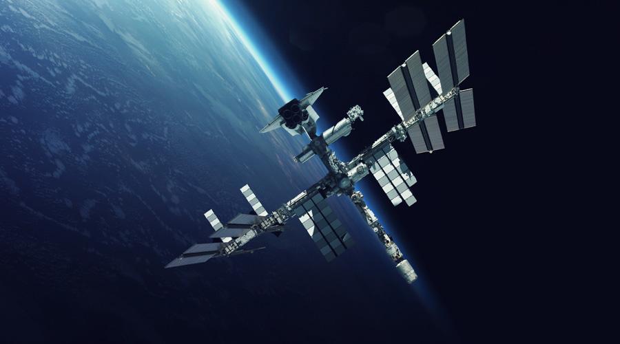 Smoke alarm in Russian service module of International Space Station