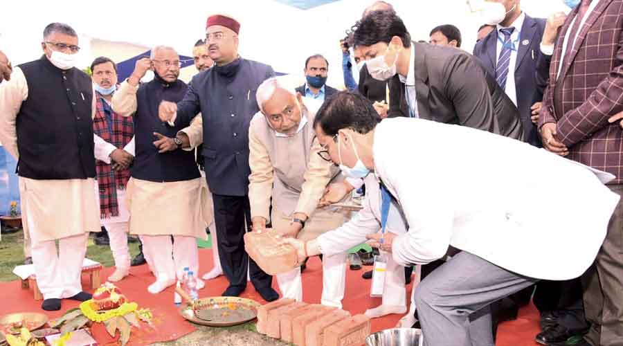 Chief minister Nitish Kumar lays the foundation stone for the new Patna Hospital on Monday