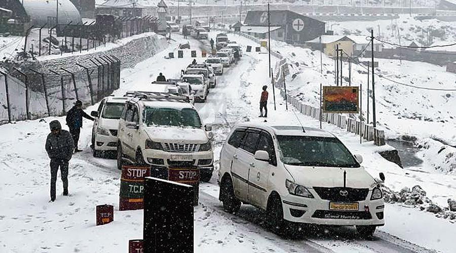 Tourist vehicles stuck near Nathu-la.