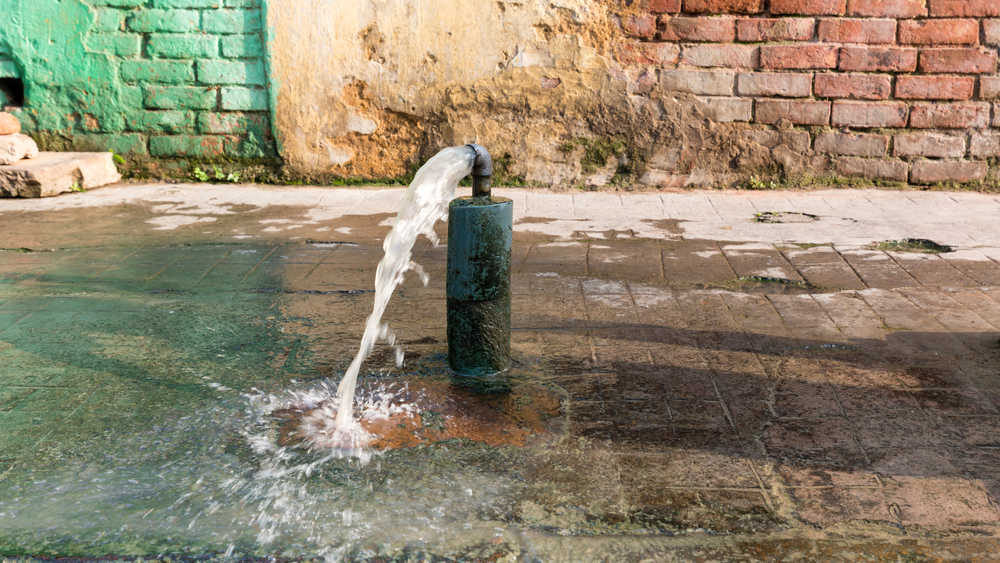 The Calcutta Municipal Corporation sends 488 million gallons of water into the city's distribution system every day