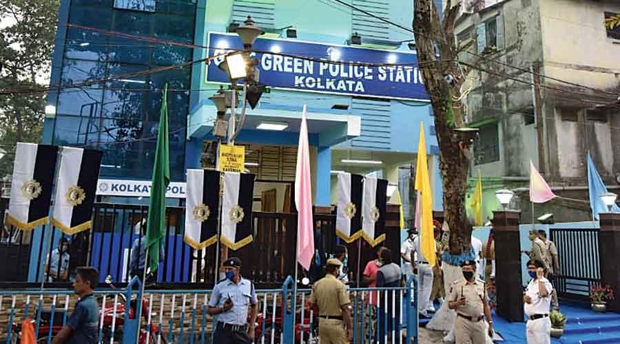 Golf Green police station