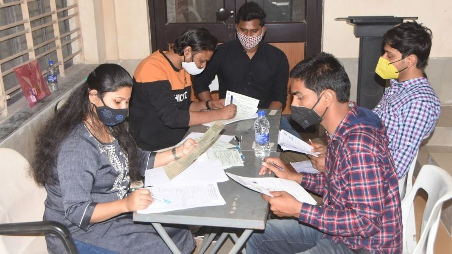 Students during the admission process at the New Lecture Hall of the IIT(ISM) campus in Dhanbad on Tuesday.