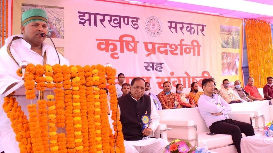 Badal patralekh addresses an event at the Dhanbad Zila Parishad Ground on Tuesday.