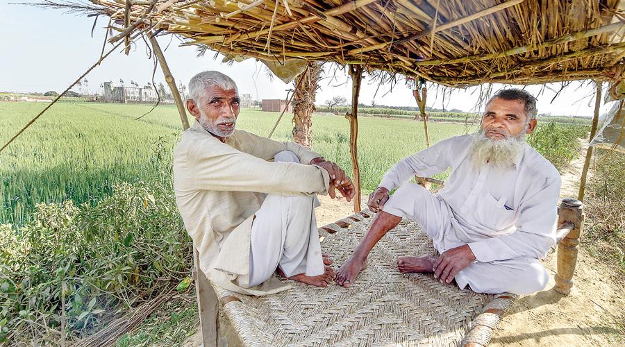 Farmers' protest: Day after, Ajit Singh versus Sanjeev Balyan in Soram