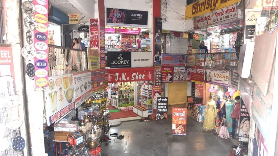 Hirapur Park Market in Dhanbad is open on Thursday but there are no customers.