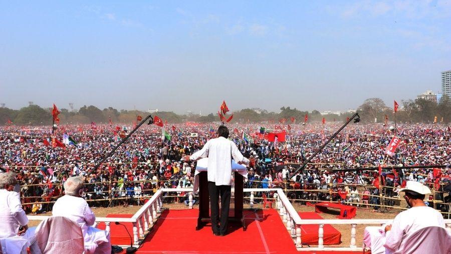 CPI(M) leader Surjya Kanta Mishra addresses the mega rally at the Brigade Parade Grounds in Calcutta on Sunday.