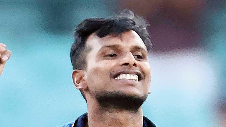 Natarajan, Shardul Thakur replace injured Umesh and Shami in India squad