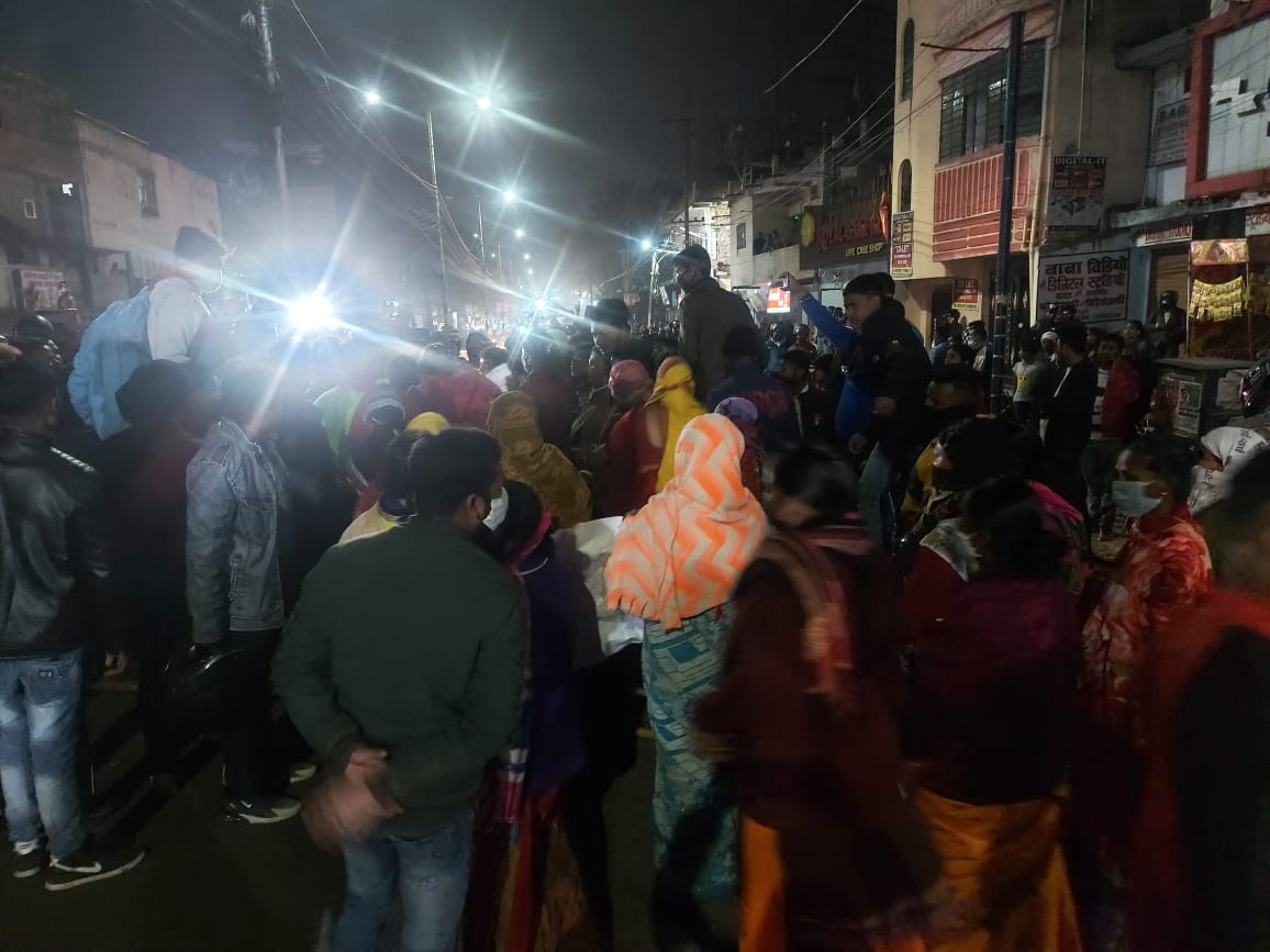 A view of crowd at Kishoreganj on Monday late evening.