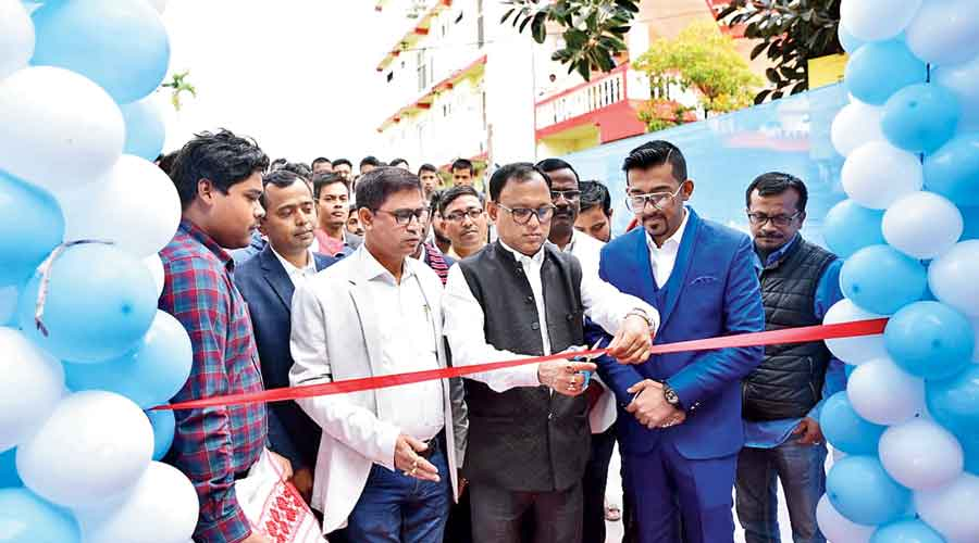 AASU president Dipanka Nath inaugurates the employment exchange on Friday