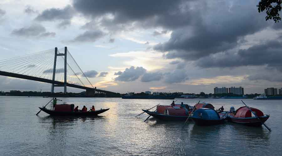 A view of the Hooghly river
