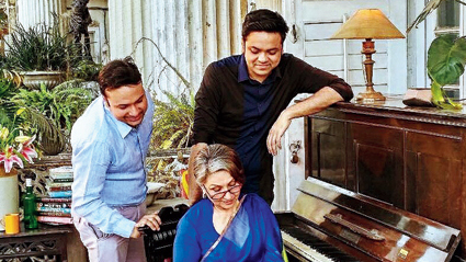 Sourendro and Soumyojit with Sharmila Tagore.
