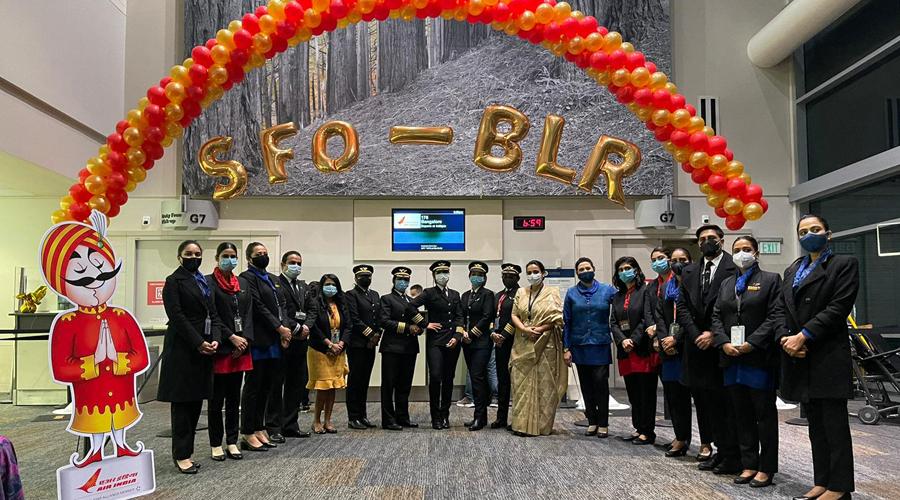 All-women Air India cockpit crew takes off on historic San Francisco-Bengaluru flight - Telegraph India