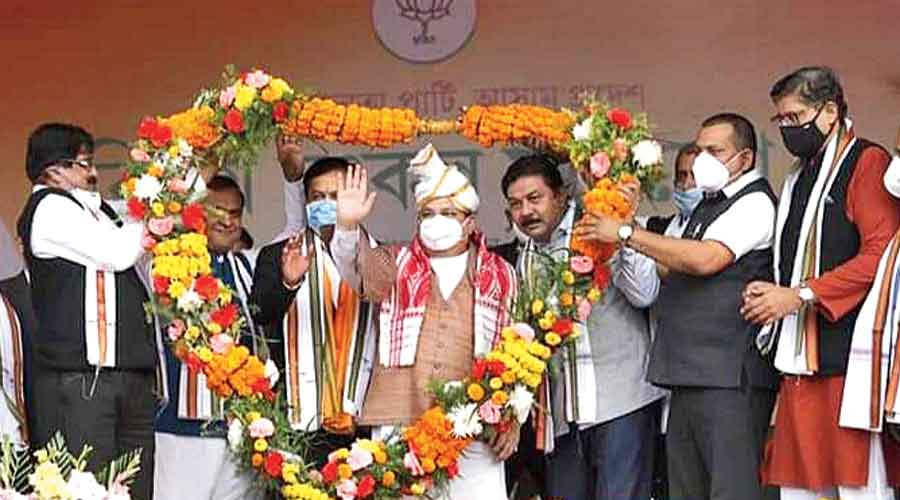 JP Nadda being garlanded by BJP leaders of Barak Valley in Silchar on Monday